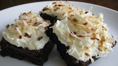 Out of all the different brownie obsessions I've had, none have ever involved coconut. It's a sin I tell you. A sin. I love chocolate and coconut flavors together, but I wasn't sure how well chewy brownies would work out with shredded coconut. If you are a coconut fan, you will absolutely love them. If …