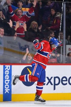 NHL Hockey Photos: Final statistics from the Boston vs. Montreal game played on February 2013 Montreal Canadiens, Mtl Canadiens, Hockey Teams, Hockey Players, Ice Hockey, Hockey Pictures, Stanley Cup Playoffs, National Hockey League, Toronto Maple Leafs