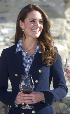 Putting to rest pregnancy rumors, Kate Middleton sipped stylishly in a nautical topper at Amisfield Winery.