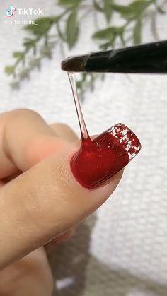 Pretty Nail Art, Cute Nail Art, Nail Art Diy, Diy Nails, Red Nail Art, Nail Art Designs Videos, Nail Art Videos, Nail Designs, Beauty Hacks Nails