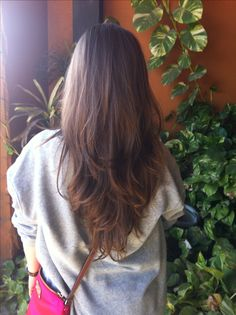 long brunette hair - This is a nice long V hair cut with lots of layers in about half of it. Good idea for someone who wants their hair long, wears it down a lot, and doesn't want to have to do a lot to it. V Shape Hair, V Cut Hair, Long Hair Cuts, Long Hair Styles, Straight Hair, Hairstyles Haircuts, Pretty Hairstyles, Amazing Hairstyles, Fashion Hairstyles