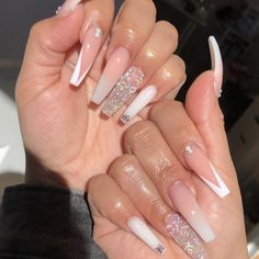 Trendy acrylic nails: white and silver coffin nails Bling Acrylic Nails, Aycrlic Nails, Best Acrylic Nails, White Acrylic Nails With Glitter, Rhinestone Nails, Toenails, Cute Acrylic Nail Designs, Long Nail Designs, Art Designs