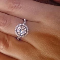 Diamond Simulant( the Beverly) Beautiful Diamond Simulant Ring✨✨✨New in package💥Fixed Price💥 Jewelry Man Made Diamonds, Lab Created Diamonds, Simulated Diamond Rings, Diamond Simulant, One Ring, Jewelry Rings, Heart Ring, Fashion Design, Fashion Tips