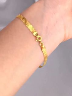 Pure Gold Bracelet Real AU 750 Solid Gold Bangle Good Beautiful Upscale Trendy Classic Party Fine Jewelry Hot Sell New 2018 Solid Gold Bracelet, Mens Gold Bracelets, Mens Gold Jewelry, Gold Jewelry Simple, Mens Gold Chains, Mens Gold Chain Necklace, Men's Jewelry, Gold Jewellery, Fine Jewelry