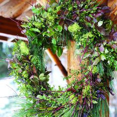 28 beautiful Christmas wreath ideas | Christmas wreath from the garden | Sunset.com