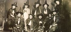 black and white, magic, occult, vintage, witch halloween art photo Photos D'halloween Vintage, Vintage Halloween Photos, Halloween Pictures, Vintage Menu, Witch Pictures, Printable Vintage, Vintage Clip, Art Pictures, Photo Halloween