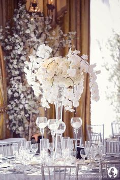 Leti Frankie S Glamorous Wedding At Pacific Palisades Bridal Insider Table Flowerswedding Reception