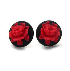 Black and Red Rose Cameo Earrings Rockabilly, Pinup, Vintage Inspired Jewelry Rose Jewelry, Black Jewelry, Sea Glass Jewelry, Jewelery, Vintage Cameo Jewelry, Vintage Earrings, Antique Jewellery, Red Accessories, Red Earrings