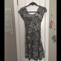 Black/White Patterned Dress W/ Back Cut Out Detail