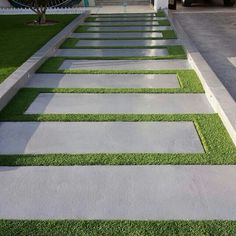 60 Awesome Garden Path and Walkway Ideas Design Ideas and .- 60 Awesome Garden Path und Walkway Ideas Design-Ideen und umgestalten 60 Awesome Garden Path and Walkway Ideas Design Ideas and Remodel - Unique Garden, Diy Garden, Garden Paths, Walkway Garden, Side Walkway, Mosaic Garden, Balcony Garden, Shade Garden, Front Yard Walkway