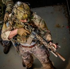 Save by Hermie Special Forces Gear, Military Special Forces, Air Force Special Operations, Military Motivation, Navy Air Force, Delta Force, Combat Gear, Green Beret, Special Ops