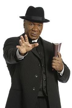 he is my favorite actor in hollywood! Ving Rhames, Hats For Men, In Hollywood, Hot Chocolate, Chocolates, Actors & Actresses, Sexy Men, Eye Candy, Suit Jacket
