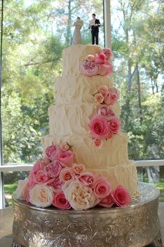fresh flowers on cake