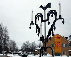 I didn't know there was a giant tuppstake in Leksand.  Must check it out this summer!