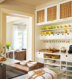 Un mueble vajillero a medida-10 cocinas muy bien aprovechadas · ElMueble.com · Cocinas y baños
