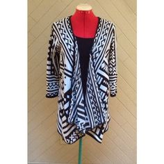 HP Tribal Print Open-Front Sweater Host pick 1/23/16 Best in Sweaters, Jackets, and Coats! Adorable tribal print open-front sweater. Back is sheer. 3/4 length sleeves. From Rue 21. In great condition. No rips or stains.  ❌No Trades❌ Rue 21 Sweaters