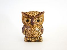 Vintage Ceramic Owl Napkin Holder or Letter Organizer at Eight Mile Vintage on Etsy #TheVerandaTeam