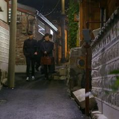"""Man from the Stars"": Kim Soo-hyun at Dahmsojung Hanokstay featured by kozaza.  You can book it at http://kozaza.com/dsj"