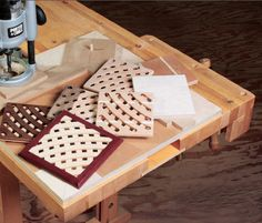 How to Build Trivets with MDF and a Router Jig - Free Woodworking Plans
