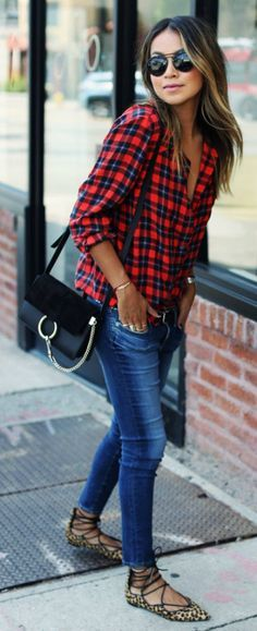 Julie Sarinana keeps it casual in a plaid shirt, skinny jeans, and funky…