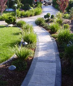 Need tan/brown neutrals Stamped concrete path; like the two toned look with border Stamped Concrete Driveway, Concrete Path, Concrete Patio Designs, Cement Patio, Outdoor Walkway, Front Walkway, Walkway Ideas, Driveway Ideas, Driveway Landscaping