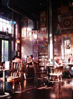Tom's diner: Gypsy den cafe in Costa Mesa, CA Café Bar, Design Café, Cafe Design, Design Ideas, Interior Design, Bar Restaurant, Restaurant Design, Design Hotel, Interior Bohemio
