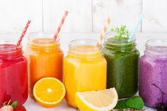 Veggie smoothies are the best way to start a day packed with nutrients. Deliciously healthy drinks add vegetables in smoothies for easy meals and snacks. Fruit Smoothies, Yummy Smoothies, Smoothie Recipes, Breakfast Smoothies, Detox Smoothies, Vegetable Smoothies, Fitness Smoothies, Rainbow Smoothies, Making Smoothies