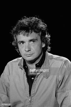 michel-sardou-on-the-set-of-cadence-3-picture-id543895180 (408×612)