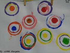 Cirkels van kandinsky stempelen (van klein naar groot)