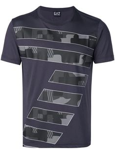 Emporio Armani 7 Print T-shirt - Farfetch Shirt Print Design, Shirt Designs, Cool Shirts, Tee Shirts, Awesome Shirts, Posh Clothing, My T Shirt, Emporio Armani, Printed Shirts