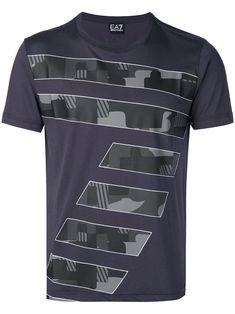 Emporio Armani 7 Print T-shirt - Farfetch Shirt Print Design, Shirt Designs, Cool Shirts, Tee Shirts, Awesome Shirts, Emporio Armani, Printed Shirts, Menswear, Mens Fashion