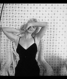 #hairstyle #costume #hollywoodhills #oldhollywood #marilynmonroe #petersneyder #fame #studio #showbiz #photography #filmphotography #modelling #art #nyc #beautycare #method #artist Hollywood Hills, Old Hollywood, Ambassador Hotel, Cecil Beaton, Norma Jean, Film Photography, Beauty Care, Marilyn Monroe, White Dress