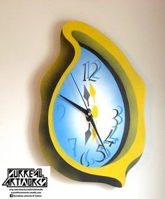 Dewdrop  Melting clock made of plywood