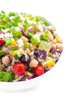 Greek Brown Rice Salad (with video) - The Lemon Bowl® - Brown rice is given a Greek twist with roasted cherry tomatoes, crunchy cucumbers, creamy feta and - Gluten Free Recipes Side Dishes, Kitchen Recipes, Healthy Dinner Recipes, Vegetarian Recipes, Cooking Recipes, Cooking Pork, Cagliari, Brown Rice Salad, Chile