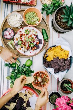 Inside+an+Easy+Mexican+Fiesta+Perfect+for+Cinco+de+Mayo+via+@mydomaine