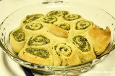 Oh Lordy!: Pesto Rolls