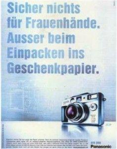 Sex (still) sells? - Zum Artikel: http://www.mtp-mehrwert.de/2014/09/24/sexismus-werbung-terre-des-femmes/ #Sexismus #Werbung Panasonic
