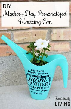 personalized watering can - a Silhouette vinyl project