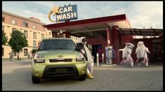 Who remembers the Kia Soul hamsters getting back to their hip-hop roots in this commercial from 2010? #TBT #ThrowbackThursday #Kia