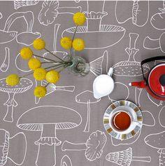 Mushroom print table cloth / Skinny la Minx