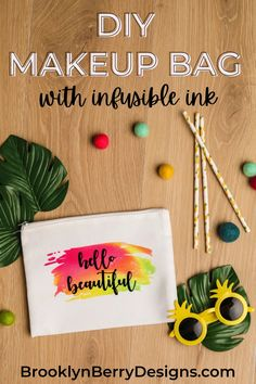 Infusible Ink Cosmetic Bag Tutorial - a super cute and easy DIY gift idea to make for all your friends. via @brookeberry Easy Sewing Projects, Craft Tutorials, Fun Projects, Tool Design, E Design, Cosmetic Bag Tutorial, Diy Makeup Bag, Cricut Craft Room, Easy Diy Gifts