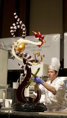 Поучаствовать в мастер-классе по десертам и своими руками сделать что-нибудь эдакое карамельное-красивое-вкусное :)