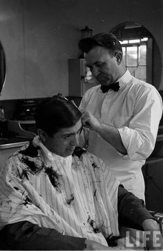 14 - tidying up around the ears Vintage Haircuts, Barber Shop Haircuts, Stylist Tattoos, Life Moments, Barbershop, Salons, Ears, Nostalgia, Hair Cuts