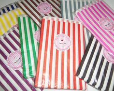 Old Fashioned Vintage Style Candy Shoppe Bags Perfect for the Party! Sweet old fashioned striped candy bags come in 9 colors. If you're thinking of having a Nostalgic Candy Bar or Candy Buffet Nostalgic Candy, Bag Packaging, Candy Bags, Purple, Pink, Blue Yellow, Kraft Paper, Blue Bags, Dog Treats
