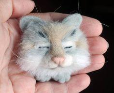 Needle felted brooch Sleeping Kitten Felted brooch Cat brooch