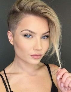 50 Latest Trendy Short Haircuts 2018 – 2019 – Short Hairstyles Source by best_hairstyles Shaved Side Haircut, Shaved Hair Cuts, Shaved Side Hairstyles, Half Shaved Hair, Bob Hairstyles, Bob With Shaved Side, Pixie Cut Shaved Sides, Shaved Hair Women, Hairstyles Pictures