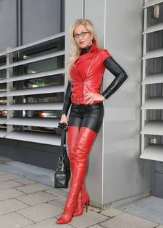 Fetish Queen Heike rocks a red and black Leather Outfit Crazy Outfits, Sexy Outfits, Converse Outfits, High Leather Boots, Black Leather, Thigh High Boots Heels, Red Boots, Sexy Older Women, Business Outfits