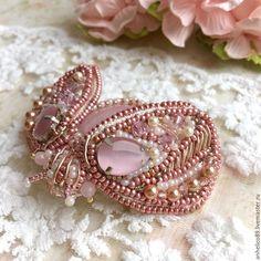 """Купить Брошь """"Мотылек"""" с розовым кварцем - брошь бисер, брошь из бисера, брошь из бисера и камней"""