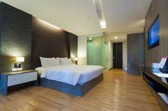 Dieses Schlafzimmer highlights sauberen geraden und kantige Ecken.
