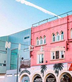 Venice, CA | Pinterest: Natalia Escaño